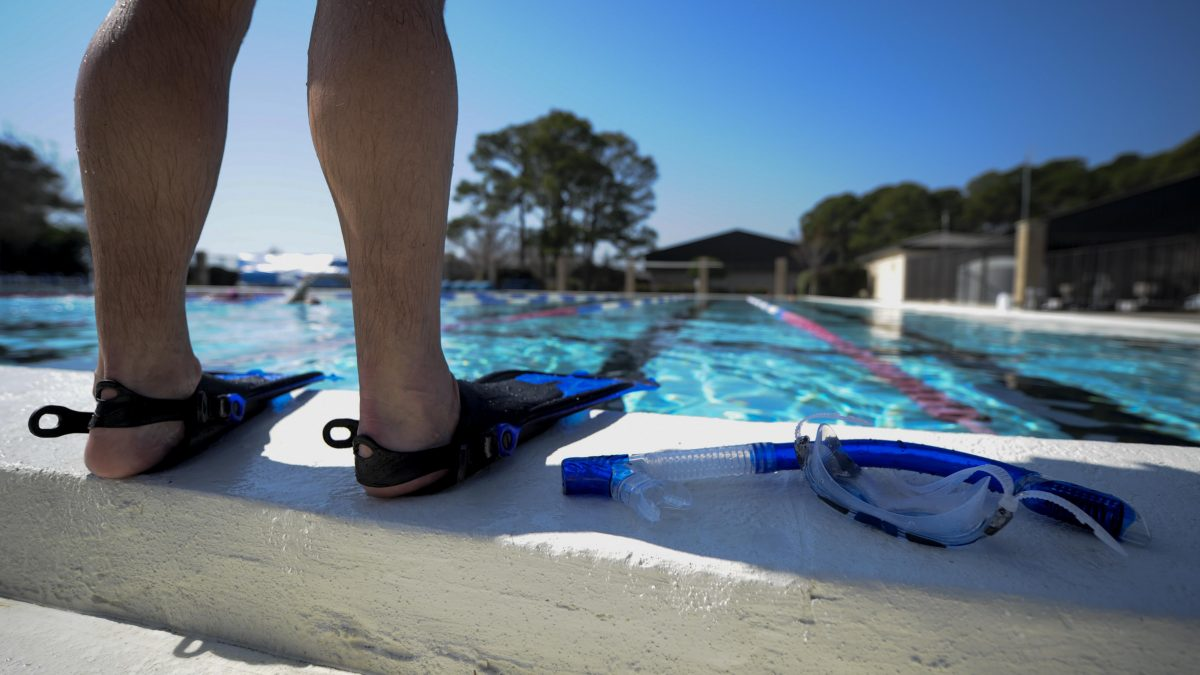 9 pool safety tips blog picture