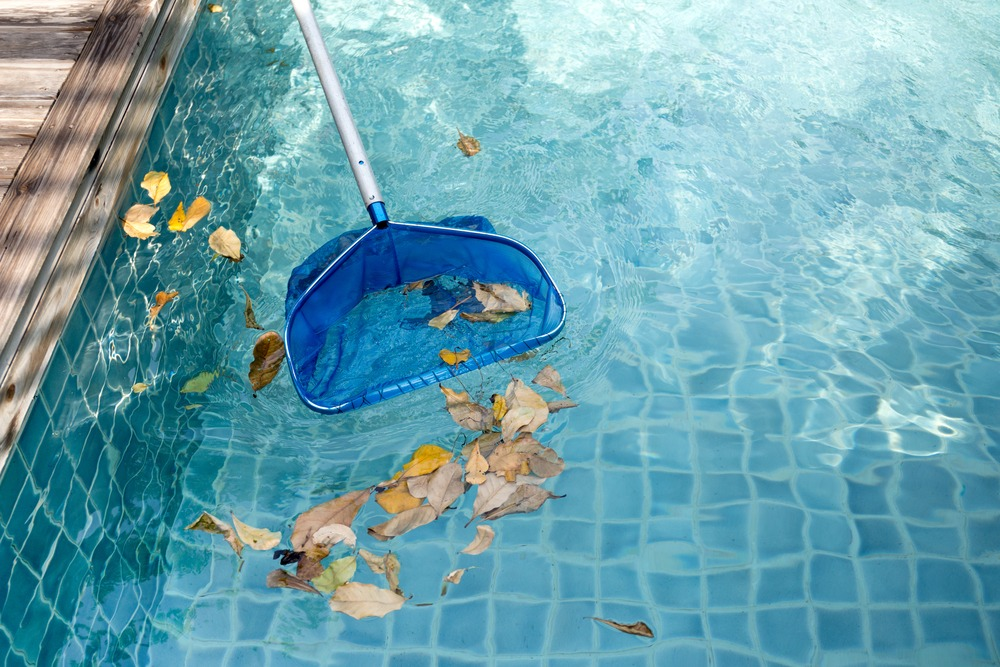 Pool Maintenance for the Fall & Winter Season in Houston - NW Pools